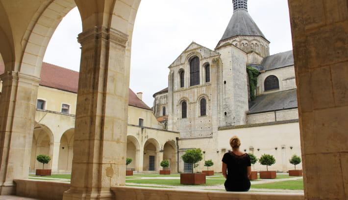 Dans les jardins du Prieuré de La Charité-sur-Loire