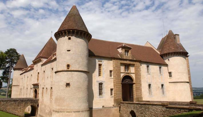Le Château de Bazoches et ses douves