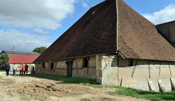 Grange pyramidale à Pougny