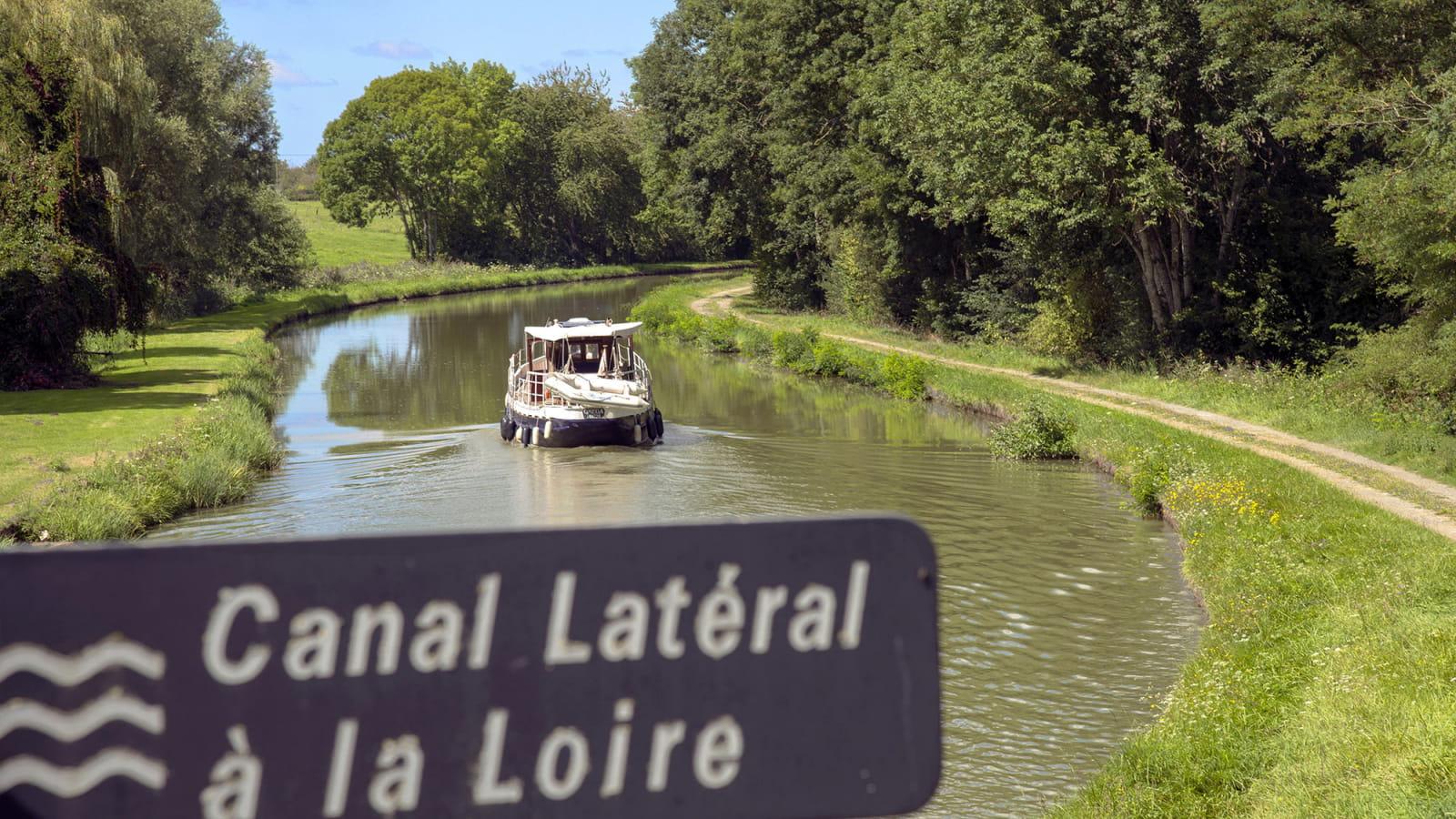 De Nevers à Decize sur le canal latéral à la Loire