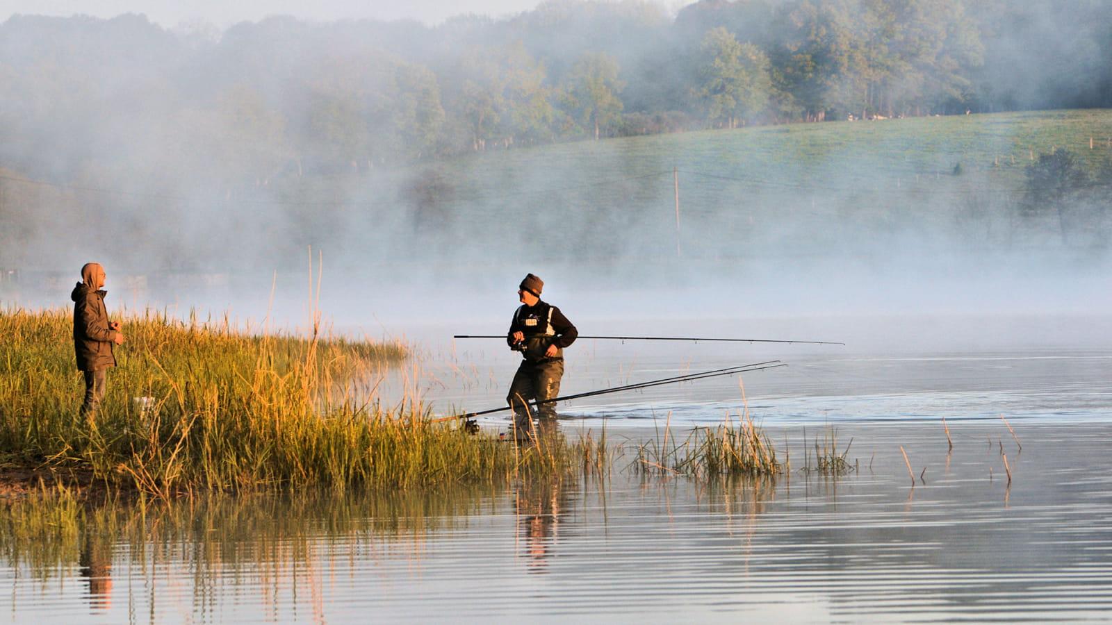 Pêche sur le lac du bourdon