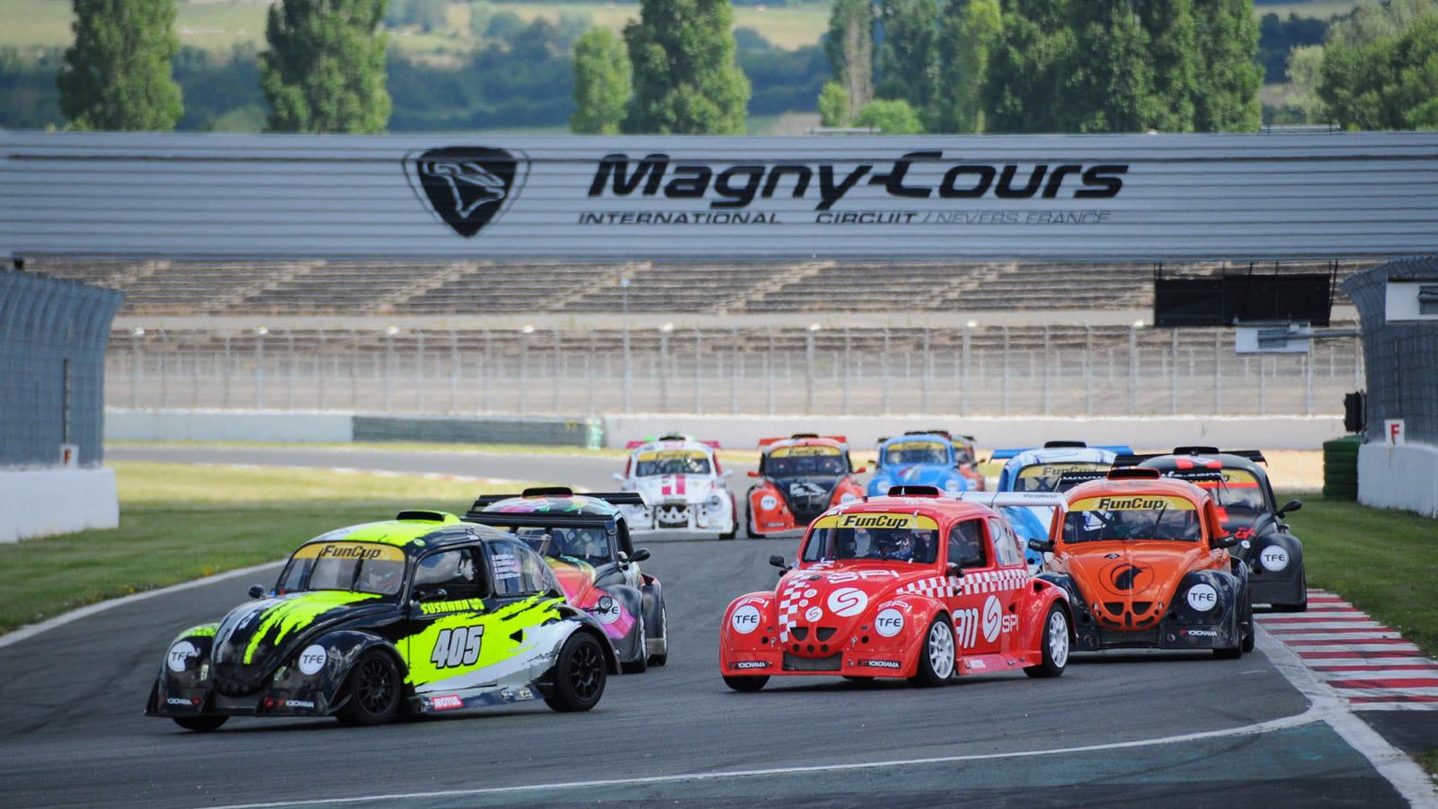 Course Fun Cars sur le Circuit de Nevers Magny-Cours